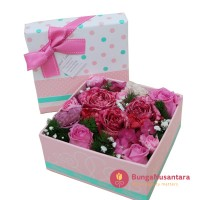 Flower in the box love F